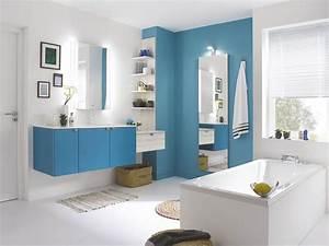 Couleur Salle De Bain : salle de bains les couleurs tendance femme actuelle ~ Dailycaller-alerts.com Idées de Décoration