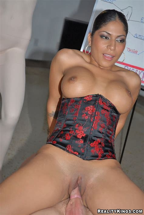 Rare Reality Hardcore Sex Pics From Exotic Indian Milf