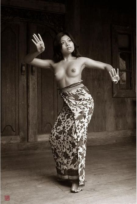 769 best Bali black and white images on Pinterest | Balinese, Vintage photography and Vintage photos