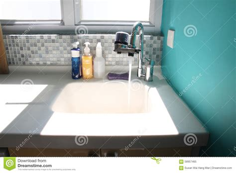 kitchen sink no water kitchen sink and running water stock image image of 8517