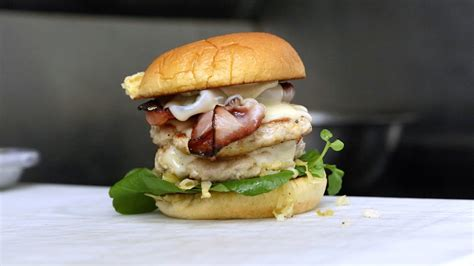 cuisine collaborative recipe nomad food truck collaboration burger with curtis