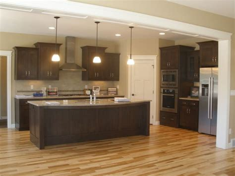 Island Pantry L Shaped Kitchens With Island And Corner Pantry Kitchen