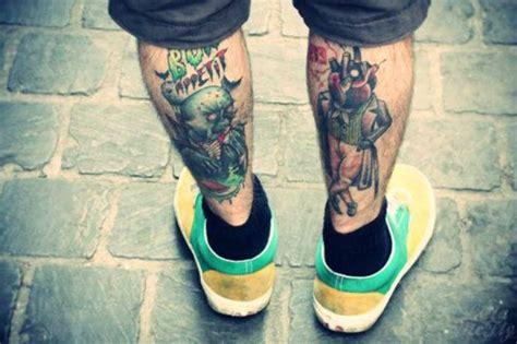 simplistic leg tattoos  men