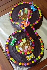 Gateau Anniversaire Garcon : circuit voiture page 2 cake gateau anniversaire ~ Melissatoandfro.com Idées de Décoration