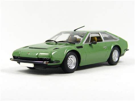 Minichamps: Lamborghini Jarama 1970 in 1:43 scale - mDiecast