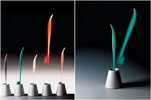 Philippe Starck Oeuvre : iconic la brosse dents dr kiss dessin e par philippe ~ Farleysfitness.com Idées de Décoration