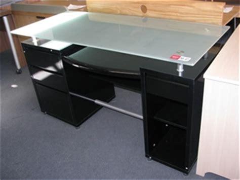 black gloss computer desk computer desk frosted glass bevelled edge desktop black