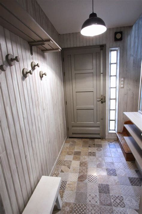 lambris pvc chambre décoration peinture entree maison