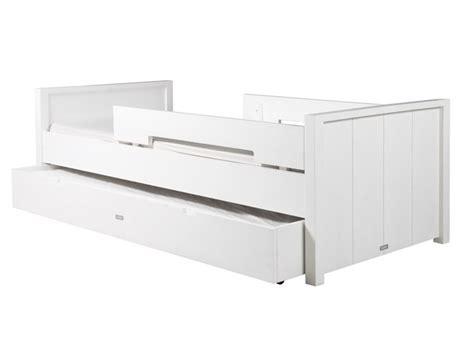 lit enfant basic wood tiroir lit bopita file dans ta chambre