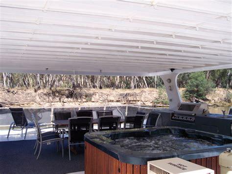 Houseboat On The Murray by Luxury 3 Luxury On The Murray Houseboats