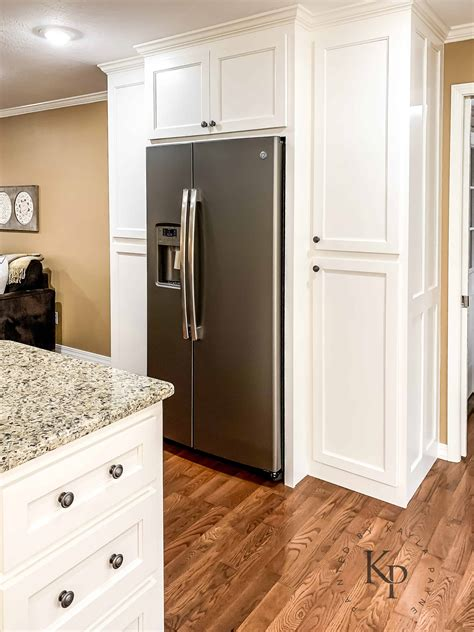 Kitchen Cabinets in Sherwin Williams Dover White - Painted ...