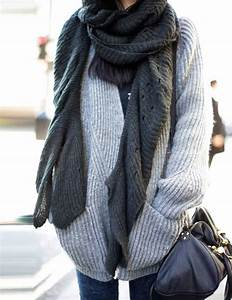 How To Wear The Oversized Scarf Trend   Huge Scarf Outfit Ideas - Just The Design