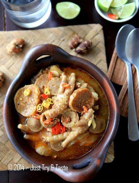 Ayam goreng yang dipadukan dengan serundeng menjadi lebih lezat dan beda dari yang lain. Seblak Basah Ceker Ayam dan Bakso a la JTT (Dengan gambar) | Fotografi makanan, Resep masakan ...