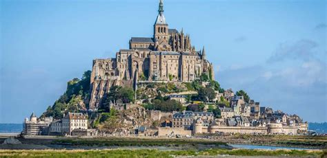 from day mont michel guided tour