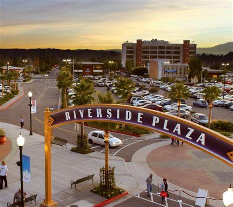 The Riverside Plaza
