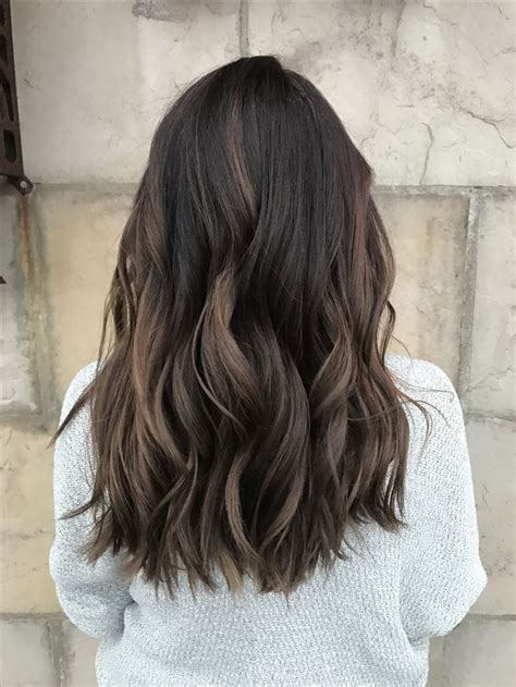 dimensional brunette baby highlights balayage ombre