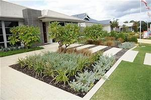 17 best images about front garden on pinterest home for Front landscaping ideas australia