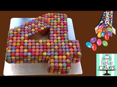 decoration gateau avec smarties how to make a smarties number 4 cake cake decorating