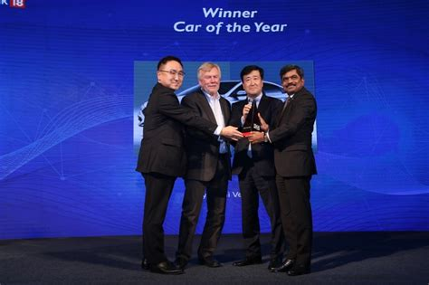 News18.com Concludes The Coveted Tech And Auto Awards 2017