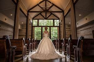 livingston tx wedding venues mini bridal With big sky mini barns