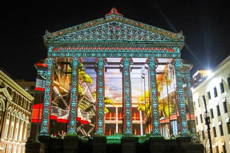 celebrate 300 years of new orleans with this projection