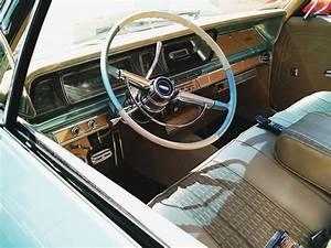 Voiture A Restaurer Gratuite : images gratuites cru volant v hicule moteur voiture ancienne sedan voiture ancienne ~ Medecine-chirurgie-esthetiques.com Avis de Voitures