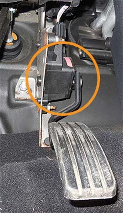 capteur de pedale daccelerateur fonctionnement