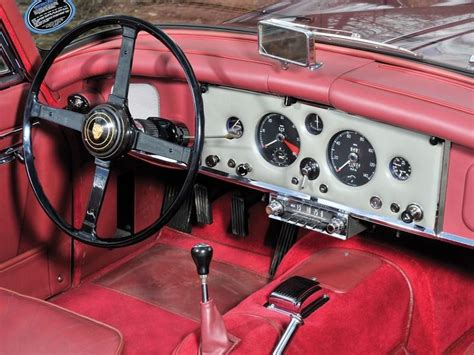 jaguar xk    drophead coupe top speed