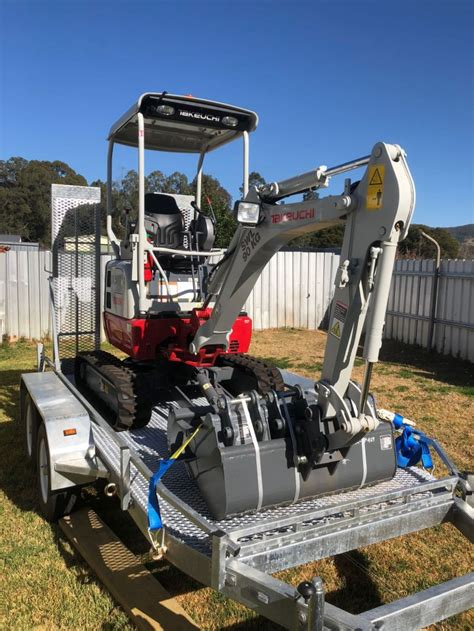 takeuchi tbr  reduced swing  hire  choice machinery hire