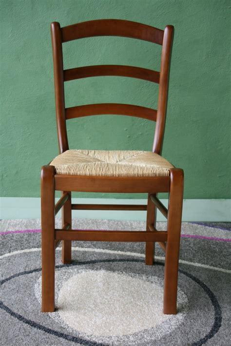 chaise en hetre massif chaise en hetre massif de style louis philippe assise paille de seigle meuble en merisier