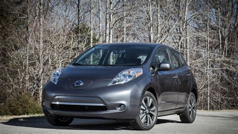 Electric Car Ratings by 2013 Nissan Leaf Electric Car Gets Iihs Top Safety