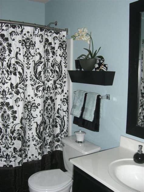 blueblack bath  wanted  brighten   guest bathroom