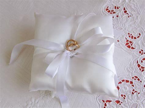 cuscini x fedi nuziali cuscino x fedi casamia idea di immagine