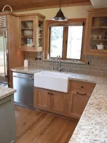 oak cabinets kitchen ideas 25 best ideas about oak cabinet kitchen on painting oak cabinets oak cabinets redo
