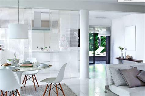 paravent cuisine comment séparer votre cuisine et votre salon simplement
