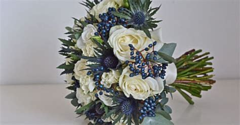 do it yourself wedding bouquet white roses and navy silver