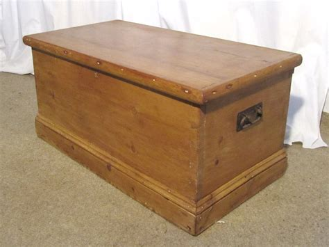victorian pine blanket box  coffee table antiques atlas