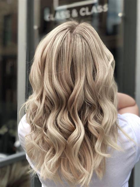 Blonde hair highlights | Class & Class