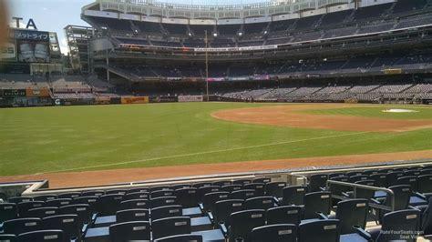 yankee stadium section   york yankees