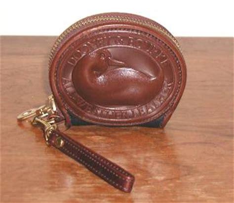 wb dooney  bourke duck zipalong coin purse navy