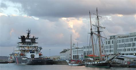 panoramio photo of port de commerce 224 brest