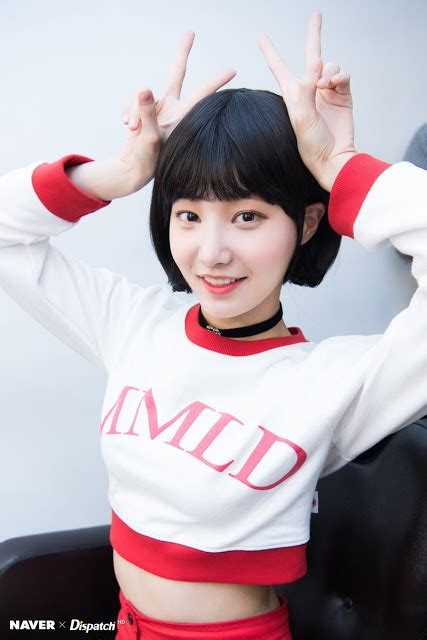 momolands yeonwoo  absolutely gorgeous  short hair