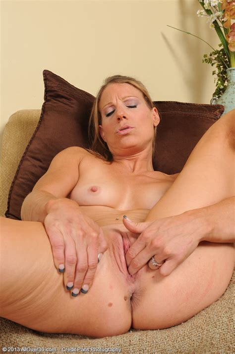 Hot Older Women 32 Year Old Alyssa Dutch From Plainview Ny In High Quality