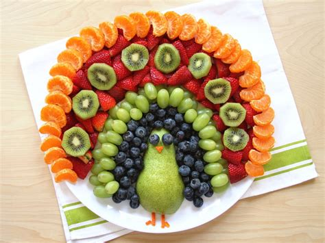 Make This Easy Diy Fruit Food Art Peacock For Your Child's