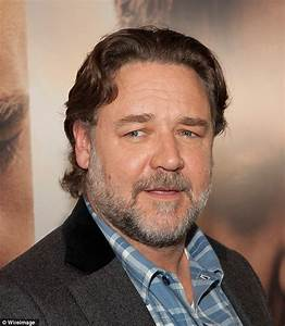 Flight attendant Heather Poole targets Russell Crowe over ...  Russell