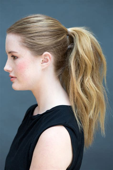 Easy Hairstyles That Can Do by 8 Easy Hairstyles You Can Do In Literally 10 Seconds