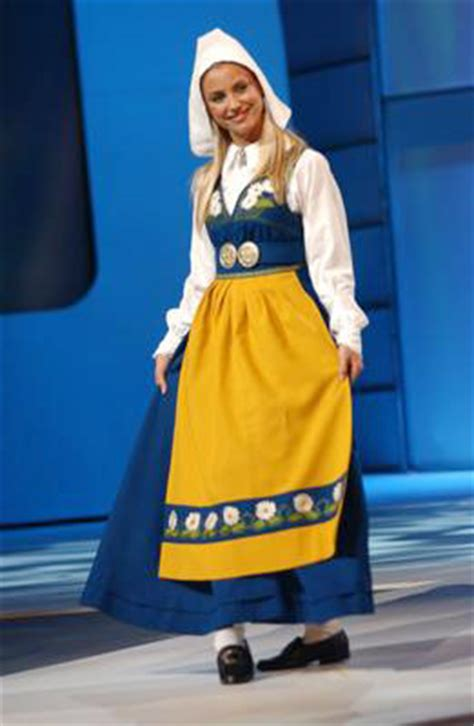 national costumes  sweden picture