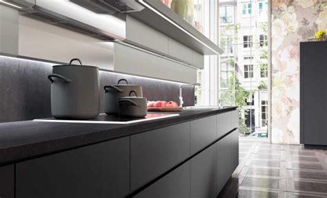 plan de cuisine en granit comptoir de granit le visage moderne de nos cuisines design feria
