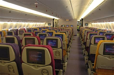 boeing 777 200 interieur airplane pics thai airways 777 200er cabin interior photos