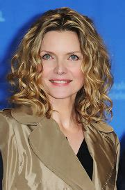 michelle pfeiffer shoulder length hairstyles michelle